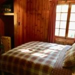 White Pine queen bed