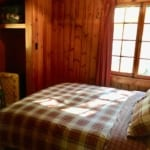 White Pine queen bed sm